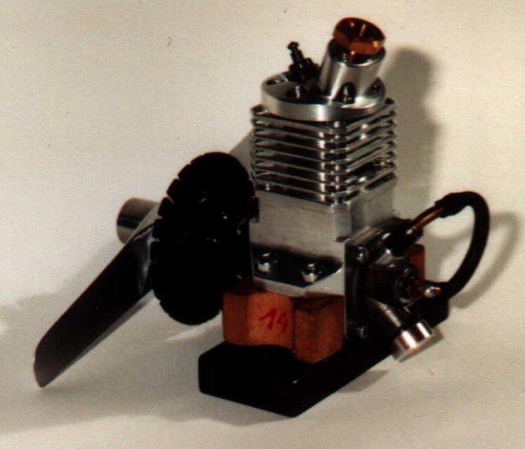 Motor HLM-V1